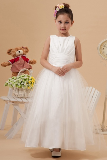 Robe mariage enfant blanche col bateau à noeud papillon