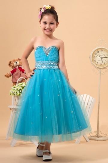 Robe mariage enfant bleu bustier coeur orn e de bijoux et for Robe bleue pour mariage