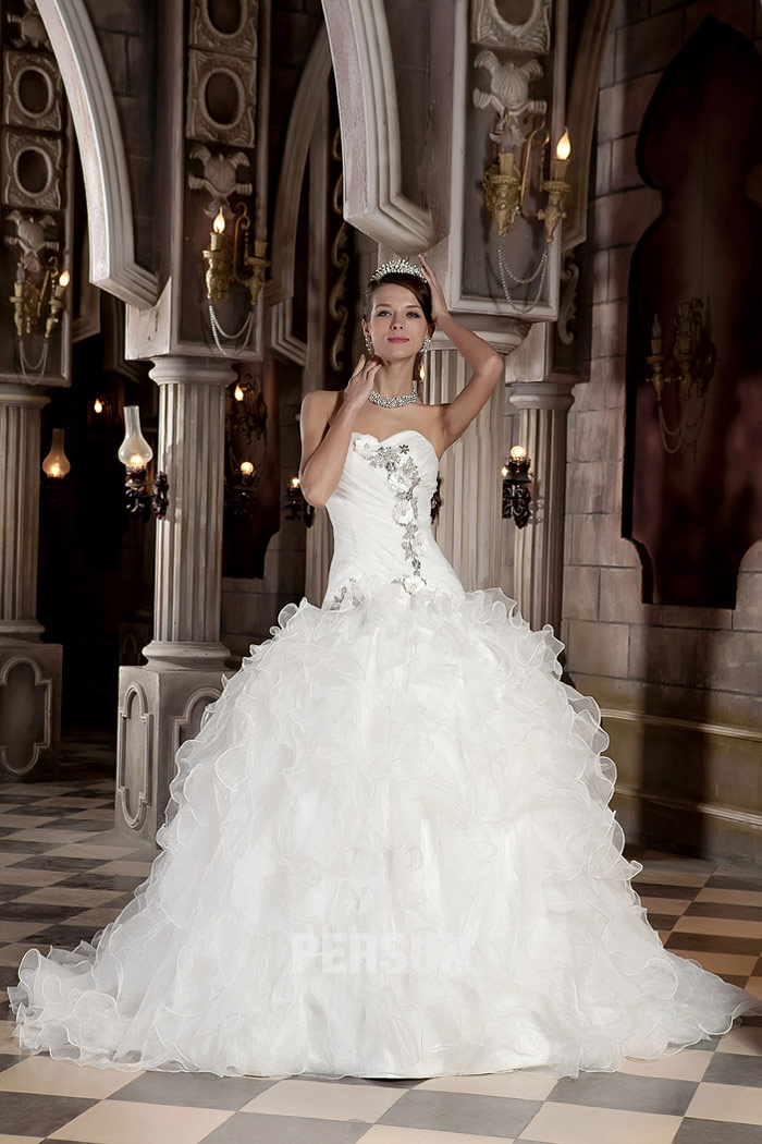 Connu Robe de mariée princesse à bustier cœur - Persun.fr LQ62
