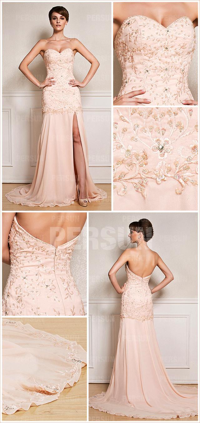 Robe de soirée rose avec la fente latérale