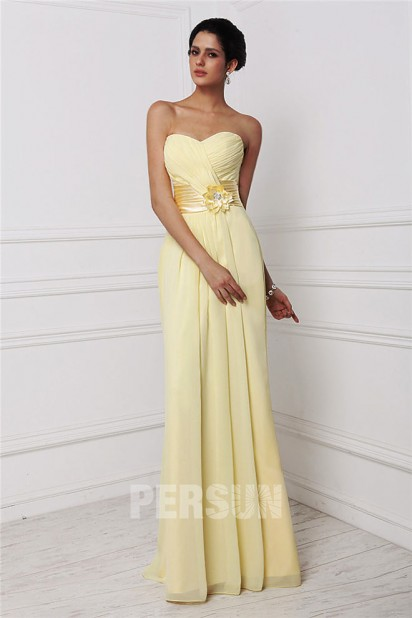 Robe demoiselle d'honneur bustier décolleté en coeur ornée de fleur en mousseline jaune