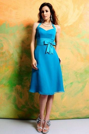 Robe bleu courte pour aller à un mariage col américain