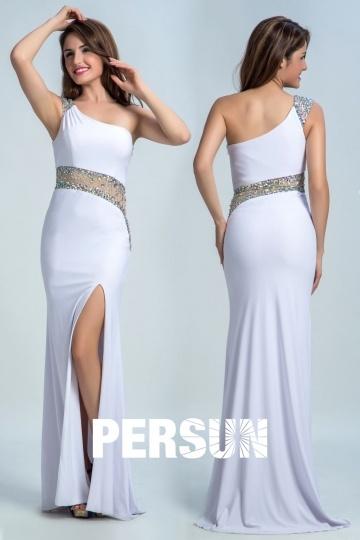Robe longue blanche ornée de strass asymétrique sirène & fendue