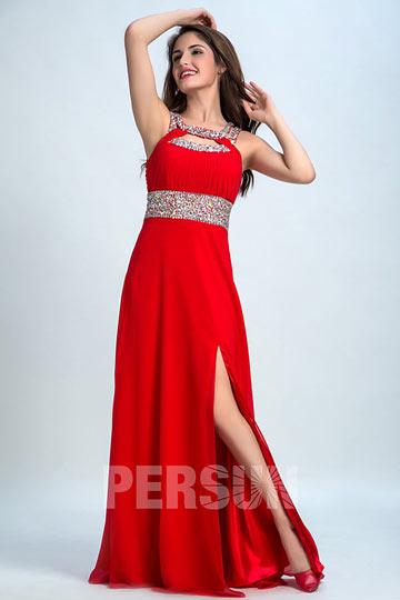 Robe de gala fendue rouge encolure & dos découpe