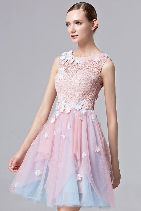 robe-de-bal-courte-rose-et-bleue-fleurie-a-haut-dentelle