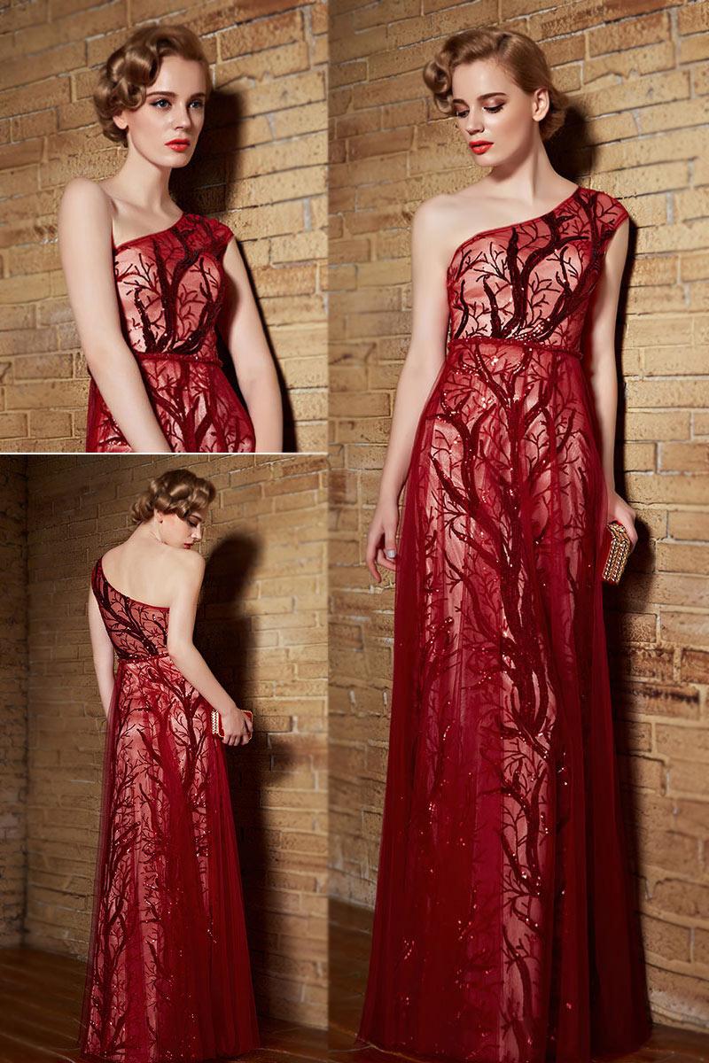 robe rouge de c r monie asym trique sequins. Black Bedroom Furniture Sets. Home Design Ideas