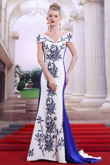 Robe de soirée bicolore sirène blanche & bleue broderie épaule nue