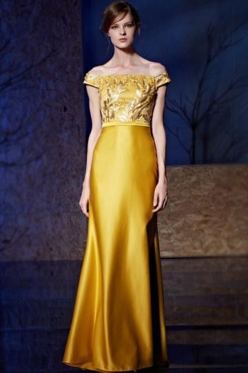Robe de soirée longue dorée épaule degagée à top floral