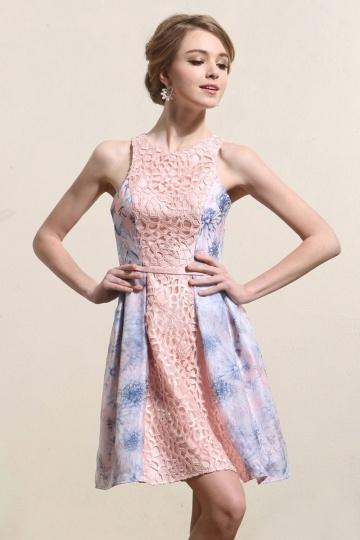 Robe de soirée courte bicolore en dentelle & tissu imprimé