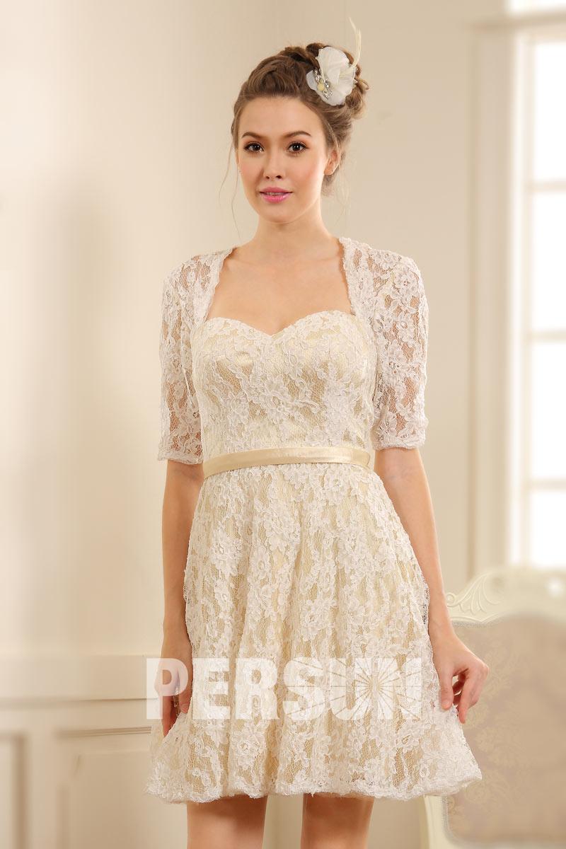 robe courte habill e pour mariage avec manches dentelle. Black Bedroom Furniture Sets. Home Design Ideas