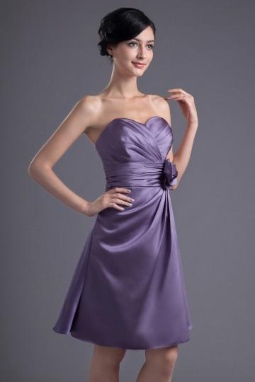 robe demoiselle dhonneur violette empire en satin soyeux orn e de ruch et fleur faite la main. Black Bedroom Furniture Sets. Home Design Ideas