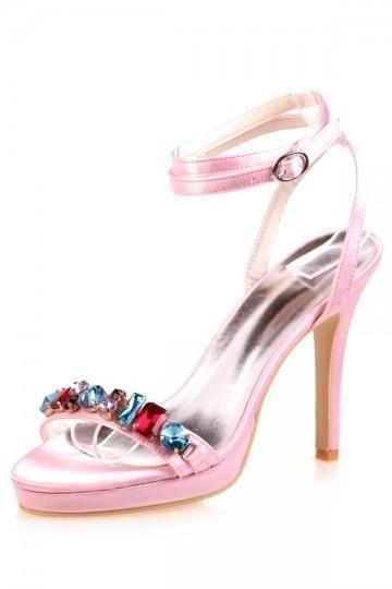 Sandales talons hauts rouge avec navettes cristaux